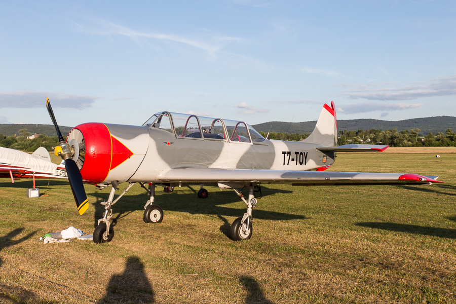Yak-52 (T7-TOY)