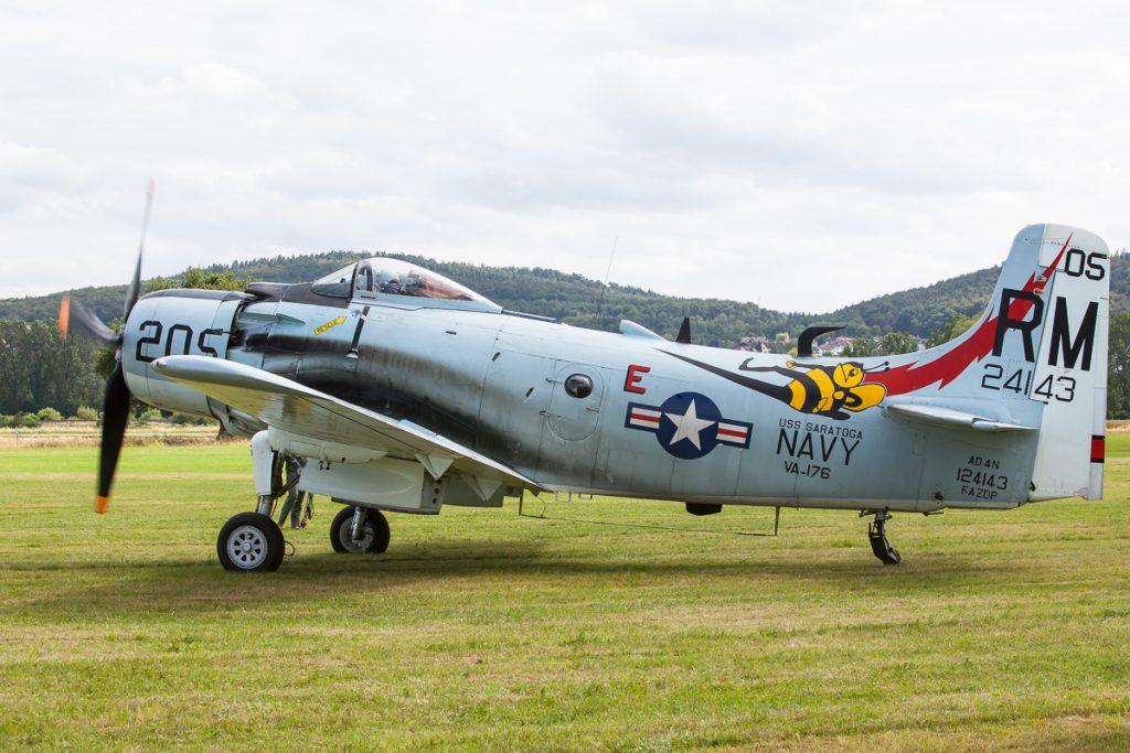 Douglas A-1 Skyraider (F-AZDP)