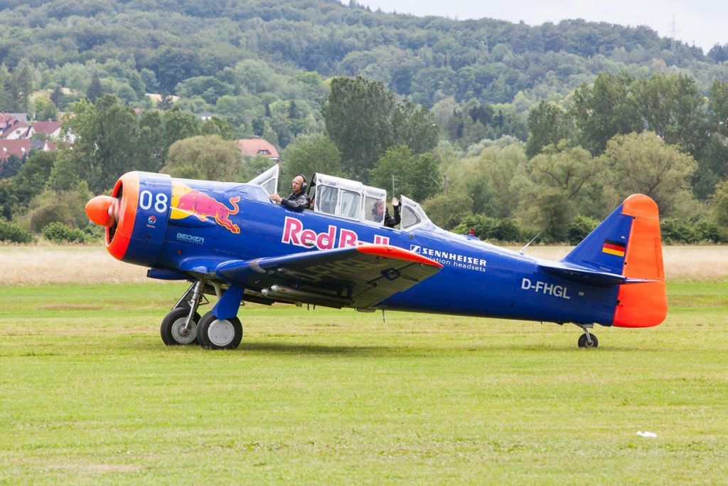 Toni Eichhorn mit seiner North American AT-6 Texan