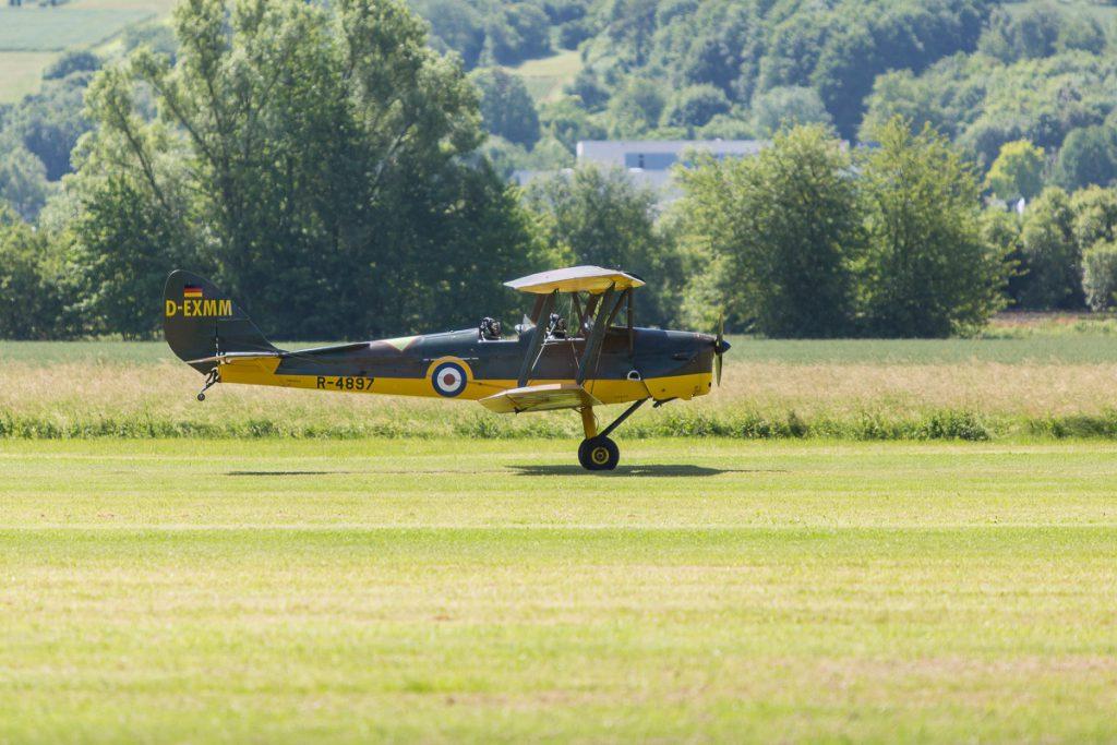 De Havilland DH-82A Tiger Moth (D-EXMM)