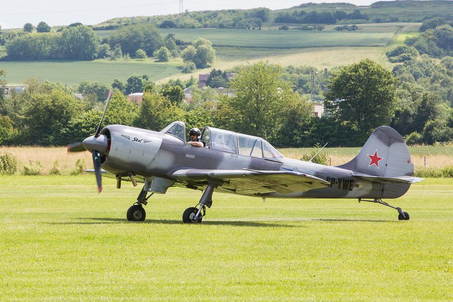 Yak-52 (SP-YWE)