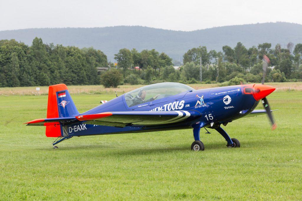 Extra 330LT (D-EAXK) Walter Eichhorn