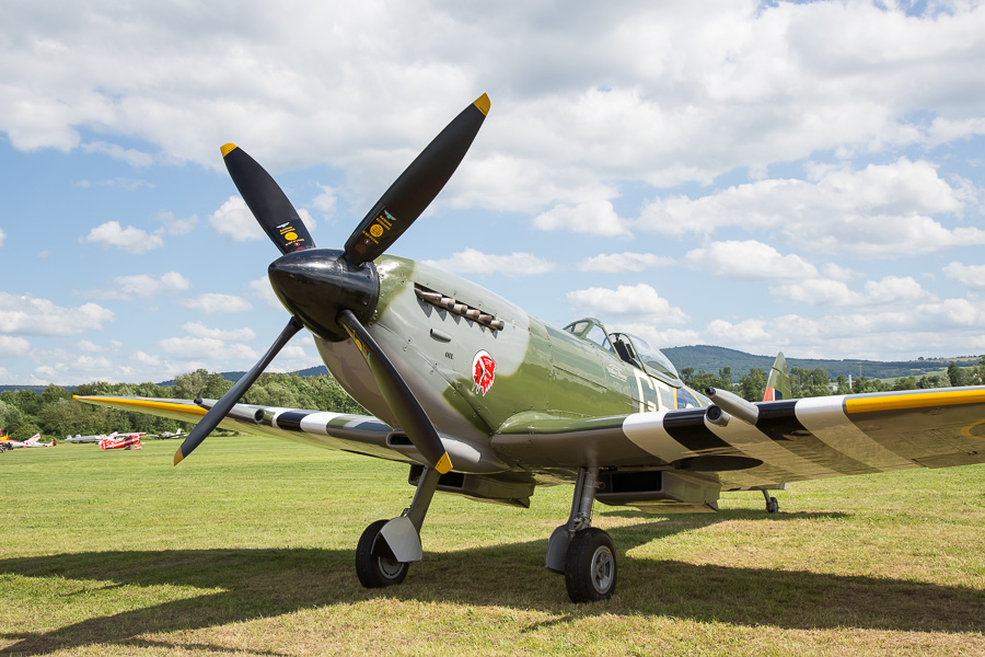 Spitfire-MK XVI (SL721)