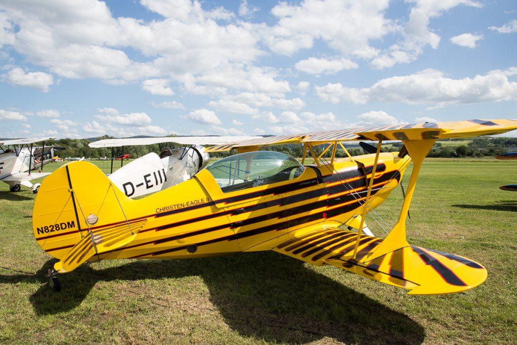 Christen Eagle II (N828DM)