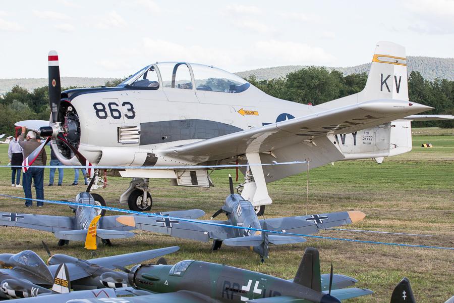 North American T-28B Trojan (NX377WW)