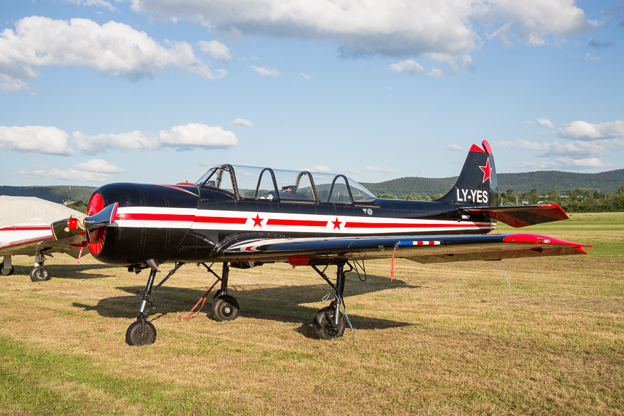 Yak-52 (LY-YES)